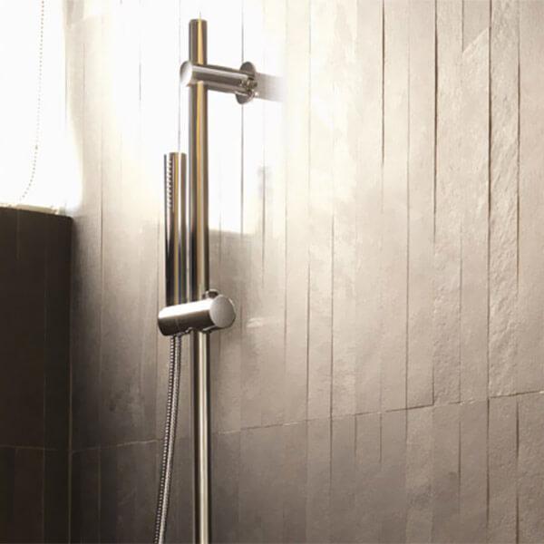 hand-shower-gallery02-crop