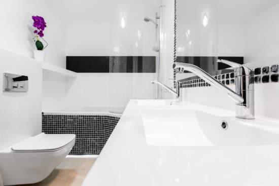 Come arredare un bagno piccolo quadrato Ecco qualche consiglio